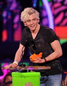 Actor Ross Lynch accepting the award for Favorite TV Actor during Nickelodeon's 27th Annual Kids' Choice Awards held at USC Galen Center on March 29, 2014 in Los Angeles. Photo: Kevin Winter/Getty Images)