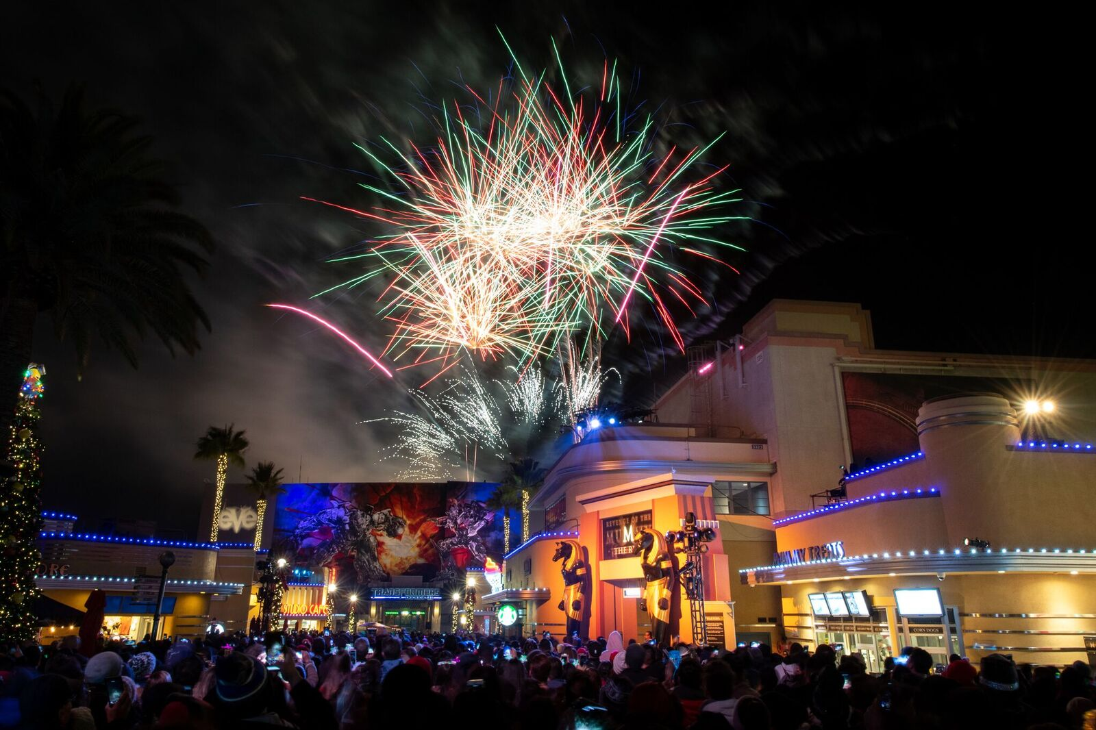 Universal Studios Hollywood Rang In 2019 With Rocking Eve Celebrations